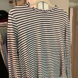 Black and white stripes ruffled half/mock neck